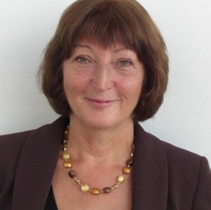 Professor Sheila MacNeil. Professor of Tissue Engineering in the Department of Materials Science and Engineering
